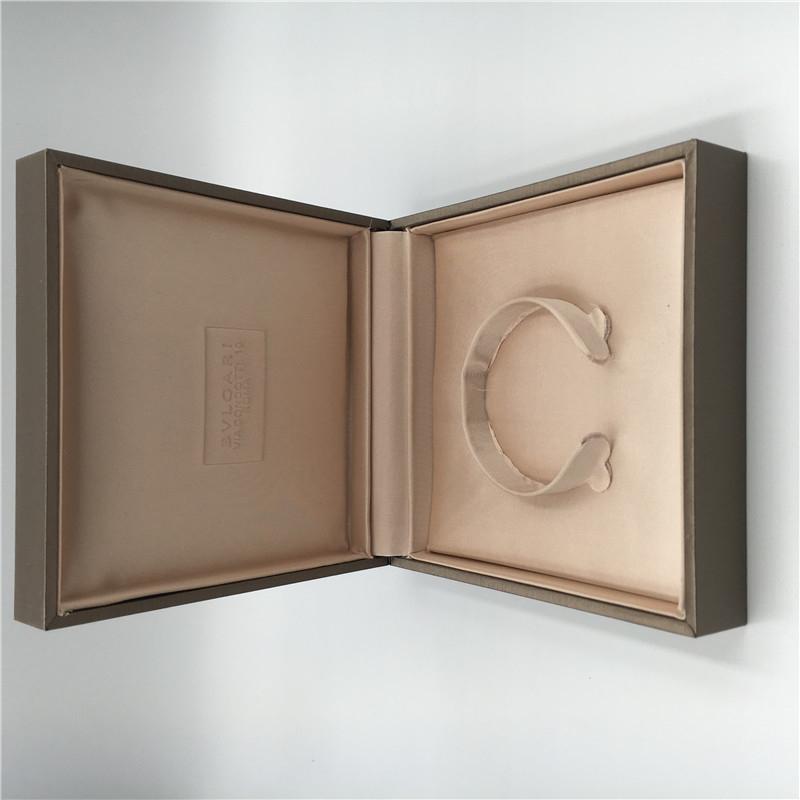 Italy Luxury Jewelry Box Bvlgari Bangle Jewelry Packaging With